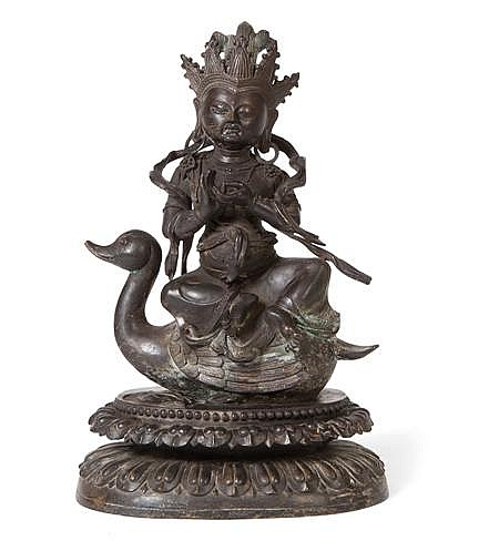 A SINO-TIBETAN BRONZE FIGURE OF TARA 18TH / 19TH CENTURY 33cm high
