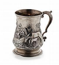 A George II mug Height: 12.5cm, 11.2oz