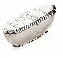 The Alexander McGrouder snuff box 9.7cm wide, 2.1oz