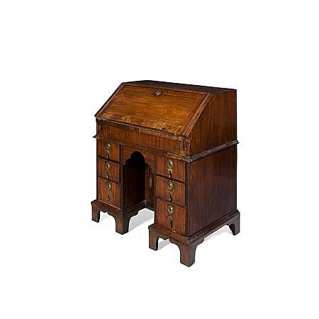 QUEEN ANNE WALNUT AND CROSSBANDED BUREAU 18TH CENTURY WITH ALTERATIONS 84cm wide, 100cm high, 56cm wide