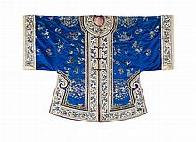 EMBROIDERED SILK INFORMAL SUMMER ROBE QING DYNASTY, 19TH CENTURY 96cm long