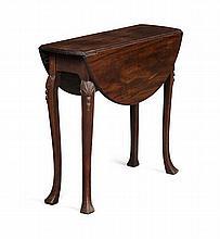 IRISH GEORGE III MAHOGANY GATELEG TABLE 18TH CENTURY 83cm wide, 72cm high, 83cm wide