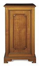 OAK COLLECTER CABINET, BY J.T.SCOTT, EDINBURGH 60cm wide, 120cm high, 44cm deep