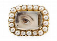 A pearl set lover's eye brooch Length: 2.2cm