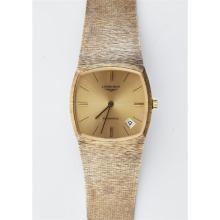 LONGINES - A gentleman's wrist watch Dial width: 28mm