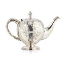An unusual Scottish George III bullet teapot Height: 15cm, weight: 21oz