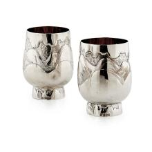 A pair of Scottish contemporary silver beakers Height: 9.5cm, weight (all in): 11oz