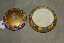 Limmoges porcelain dresser box. H: 2.5