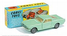 Corgi No.320 Ford Mustang Fastback 2 + 2 - pale