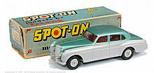 Spot-on No.102 Bentley Saloon - light metallic