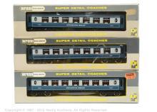 GRP inc Wrenn 3 x Coaches 2 x W6004A Pullman