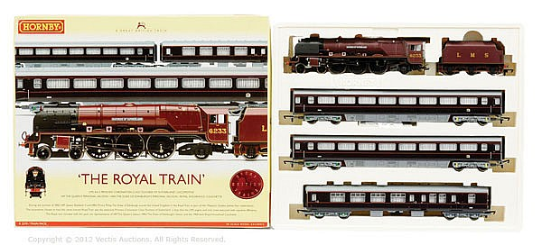 Hornby (China) OO Gauge, R2370, The Royal Train