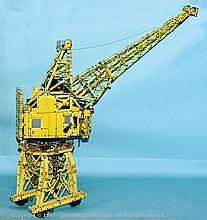 Meccano an exceptional model of a Dockyard Crane