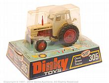 Dinky No.305 David Brown Tractor - red chassis