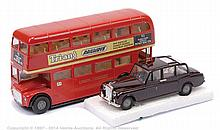 PAIR inc Spot-on LT Routemaster Bus and Royal