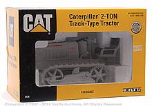 Ertl No.2438 CAT Caterpillar 2-Ton Track Type