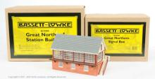 PAIR inc Bassett-Lowke O Gauge assorted