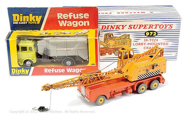 PAIR Dinky No.972, 978 Commercial Vehicle