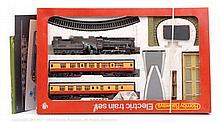 Hornby Railways OO Gauge R857 2-6-0 Ivatt Class