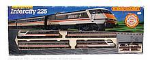 Hornby Railways OO Gauge Intercity 225 Train Set
