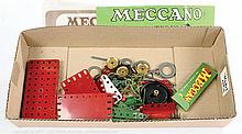 Meccano a small post-war green/red parts