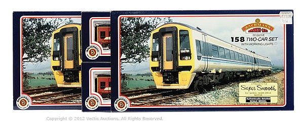 PAIR inc Bachmann OO Gauge 2 x 2-car DMU Sets