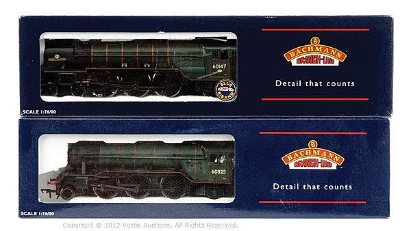 PAIR inc OO Gauge Bachmann BR green Steam Locos
