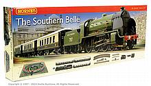 Hornby (China) OO Gauge Southern Belle Train Set
