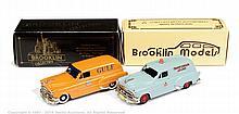 PAIR inc Brooklin Pontiac Van - No.31, orange
