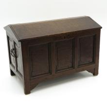 18th / 19th Century Childs Trunk