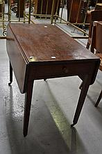 Antique mahogany Pembroke table, approx 72cm H x