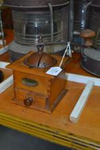 Vintage French coffee grinder, approx 20cm H