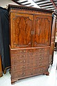 Fine Antique Georgian mahogany secretaire press,