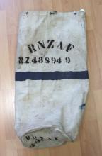 Royal New Zealand Air Force canvas kit bag, N.Z 43S949