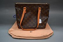 Genuine Louis Vuitton handbag with dust bag