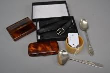 Mappin and Webb Empress silver plate teaspoon silhouettes of King Edward VII and his wife Queen Alexandra. Another spoon along with Remy Martin luggage tag, a napkin ring and two faux tortoise shell snuffs (6)