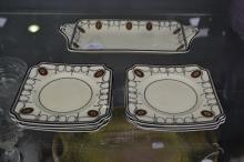 Royal Doulton, Countess sandwich set (7)