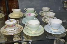 Collection of cups & saucers to include Royal Doulton