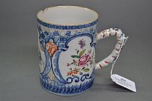 Antique 18th Century Chinese mug. 11cm high