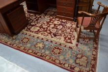 Agra carpet, Northern India, approx 323cm x 250cm