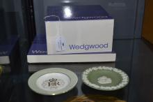 Boxed Wedgwood pieces to include cups, plates etc