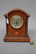 Pleasance & Harper Newport clock, with twin handled urn inlay, no key, has
