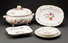 A 19TH CENTURY DERBY PORCELAIN PART DINNER SERVICE