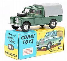 Corgi Toys Land Rover (438). In dark green with ye