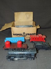 Lionel Postwar 1123C Freight Set in Box
