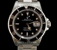 Gentlemen's Rolex Submariner bracelet wristwatch, gloss black dial with luminous hour markers, inlaid luminous Mercedes hands, black bezel insert, calibre 3135 automatic, stainless steel Oyster lock bracelet, model 16610, circa 1990s