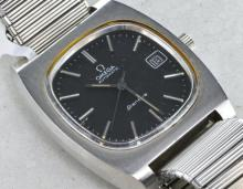 Gentlemen's Omega Geneve bracelet wristwatch, automatic movement, calibre 1012, circa 1973, model no. 166.0190, Omega signed crown and expanding non original stainless steel bracelet