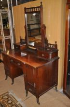 Edwardian mahogany dressing table with central mirror and pair of jewel drawers
