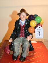 A Royal Doulton 'The Balloon Man' figure HN1954 (1)