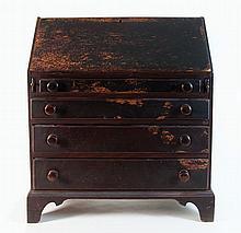 Early 18th c. slant lid desk
